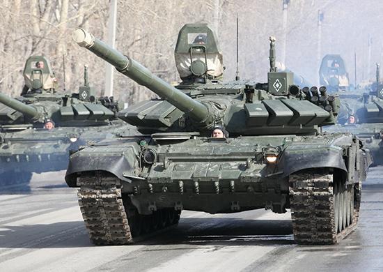 Минобороны России получило новую партию танков Т-80БВМ