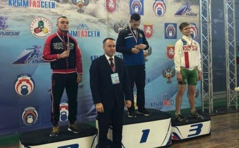 Забайкалец выиграл серебро кубка России по гиревому спорту