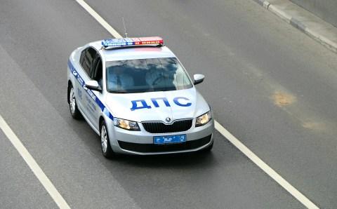 На Подмосковной трассе полицейские применили оружие для задержания пьяного водителя