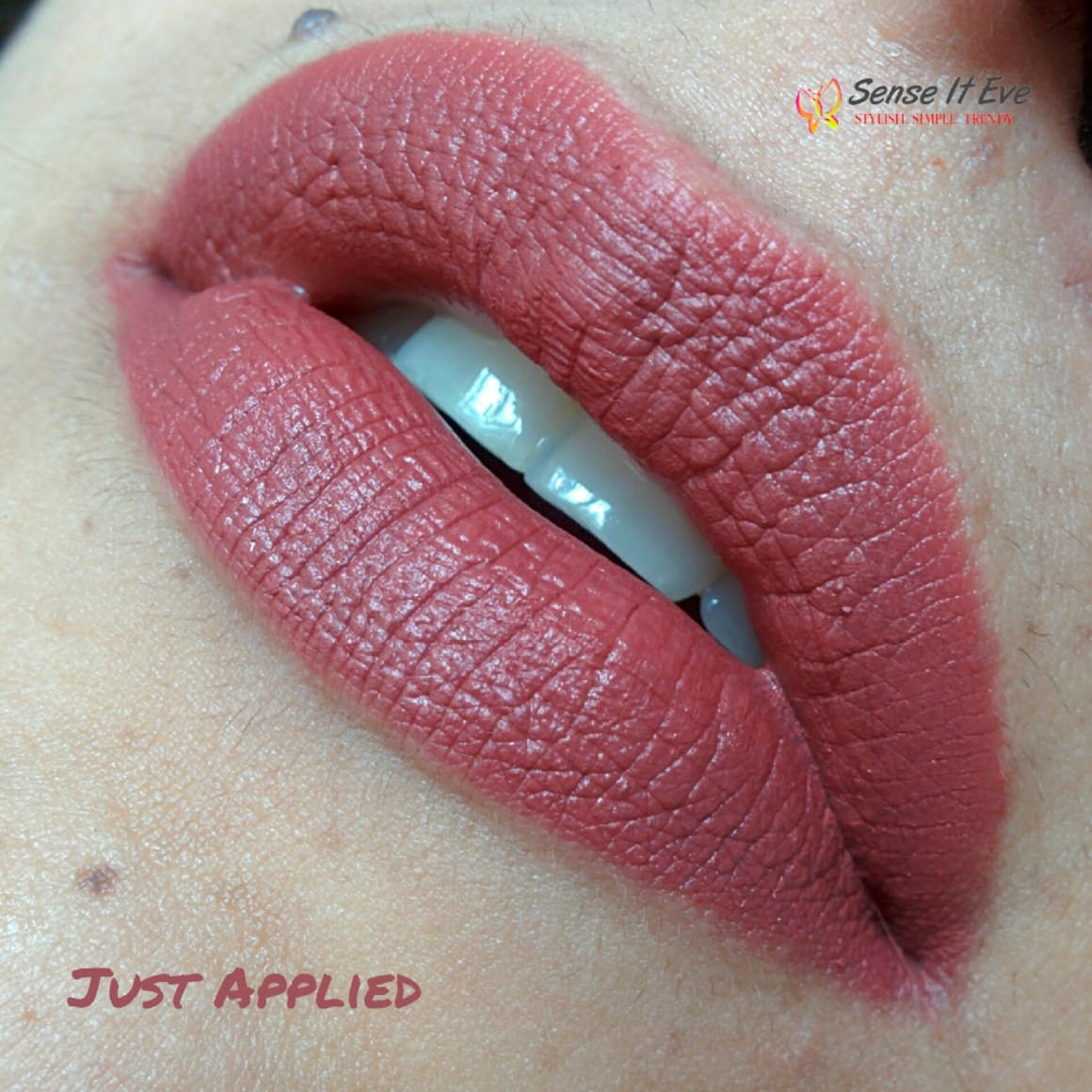 Lakme 9 to 5 Matte Lipstick Scarlet Drill Swatches