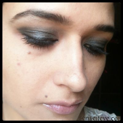 Blue-Smokey-Eyes-with-pinky-nude-lips