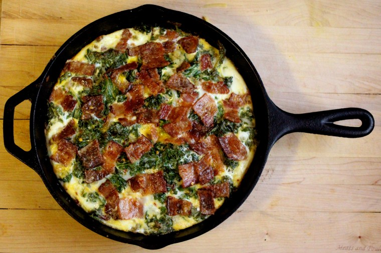 """Apple """"Crust"""" Kale and Bacon Quiche"""
