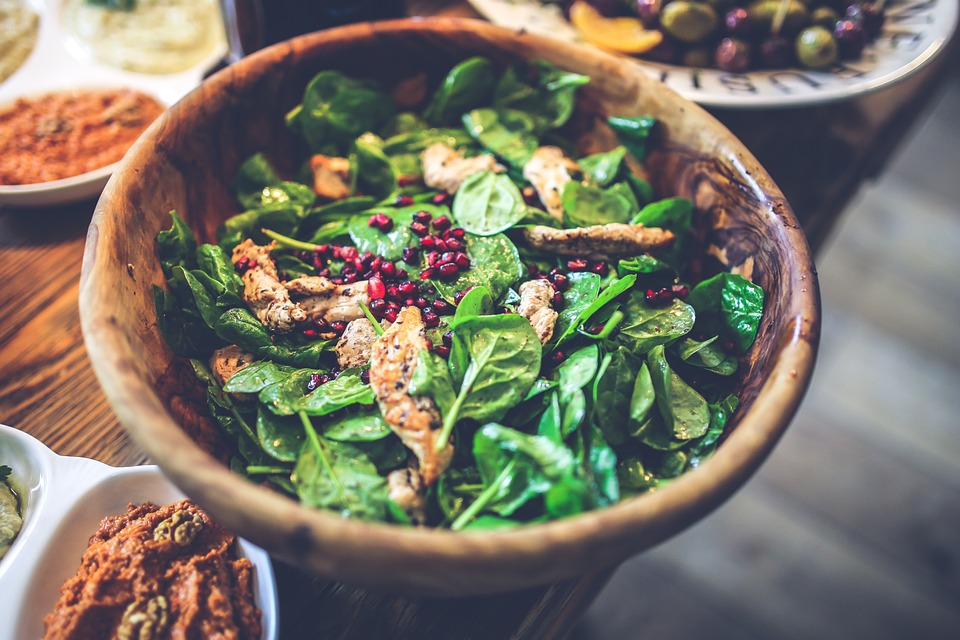 eat-more-healthily-use-recipe-books