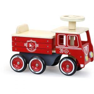 Porteur camion de pompier en bois