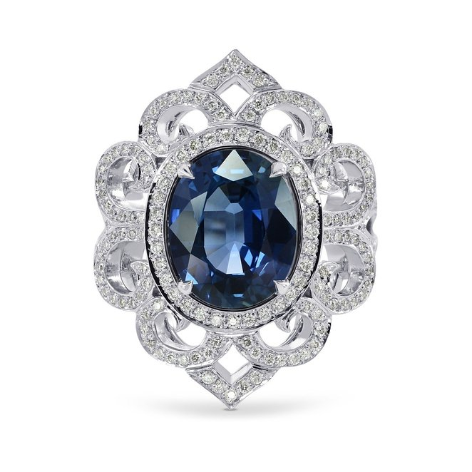 3.93Cts Sapphire Side Diamonds Engagement Extraordinary Ring Set in Platinum