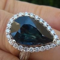 A Gorgeous GIA 9.73 Ct Unheated Natural VVS Blue Green Sapphire Diamond 18k White Gold Ring