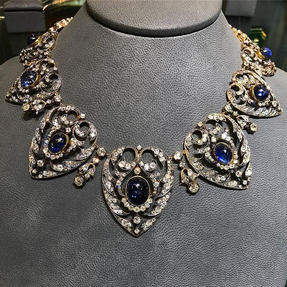A Superb Victorian era Cabochon Sapphire and Old Cut Diamond Necklace