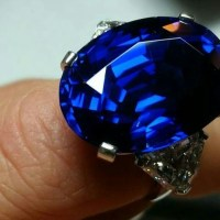 Superb Burmese Sapphire of 30.78 Carats.