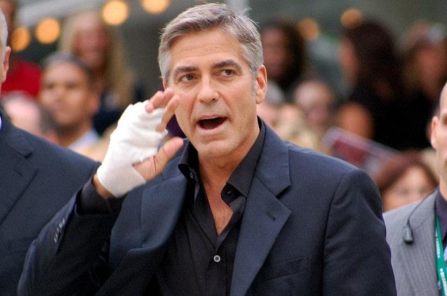George Clooney uno de los actores famosos mas simpaticos