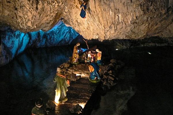 Una gita di Natale: il presepe in grotta di Pescaglia