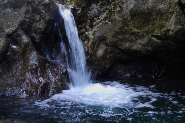 Le piscine naturali di Candalla e la sua valle selvatica