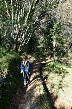 Il sentiero sull'acquedotto
