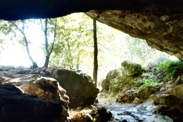 La Grotta dell'Onda, un riparo preistorico in Apuane