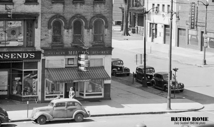 1945_corner_james_wliberty 1000