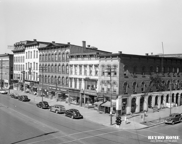 1944_200_block_n_james_st_1000