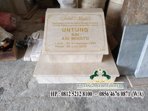 Batu Nisan untuk Makam Marmer, Contoh Batu Nisan Marmer