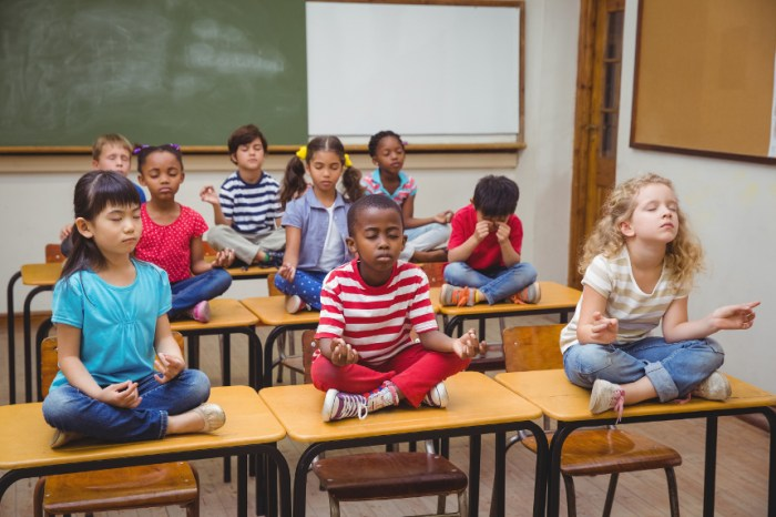 Meditation-kids-school-small-shutterstock_254415664.jpg