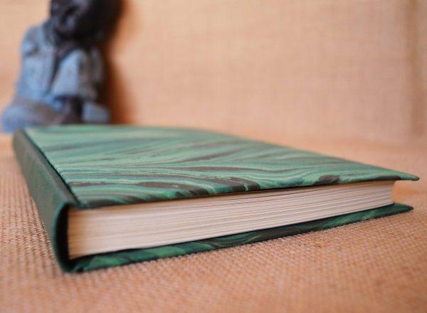 carnet artisanal A5 noir argent vert ©Sentulia (1)