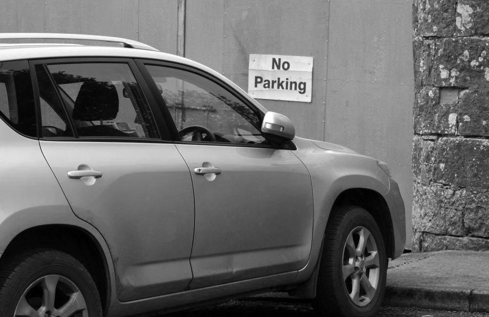 Stationnement gênant ou dangereux : les interdits