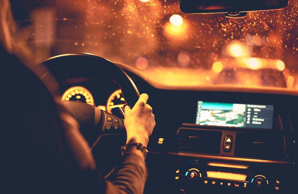 conduire la nuit et bien utiliser les feux