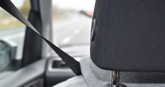 Déroulement du permis de conduire et installation au poste de conduite