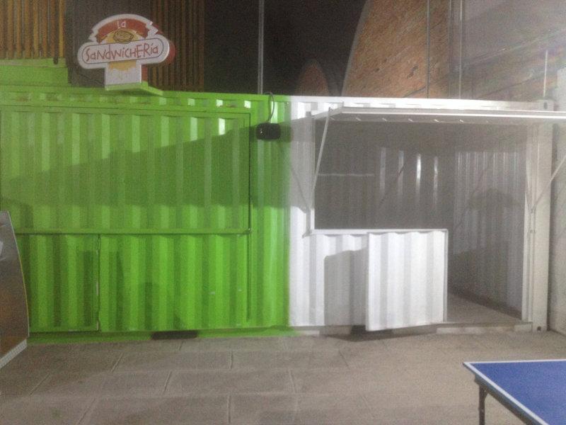 Food Trucks cerrados en Ilaló Plaza.