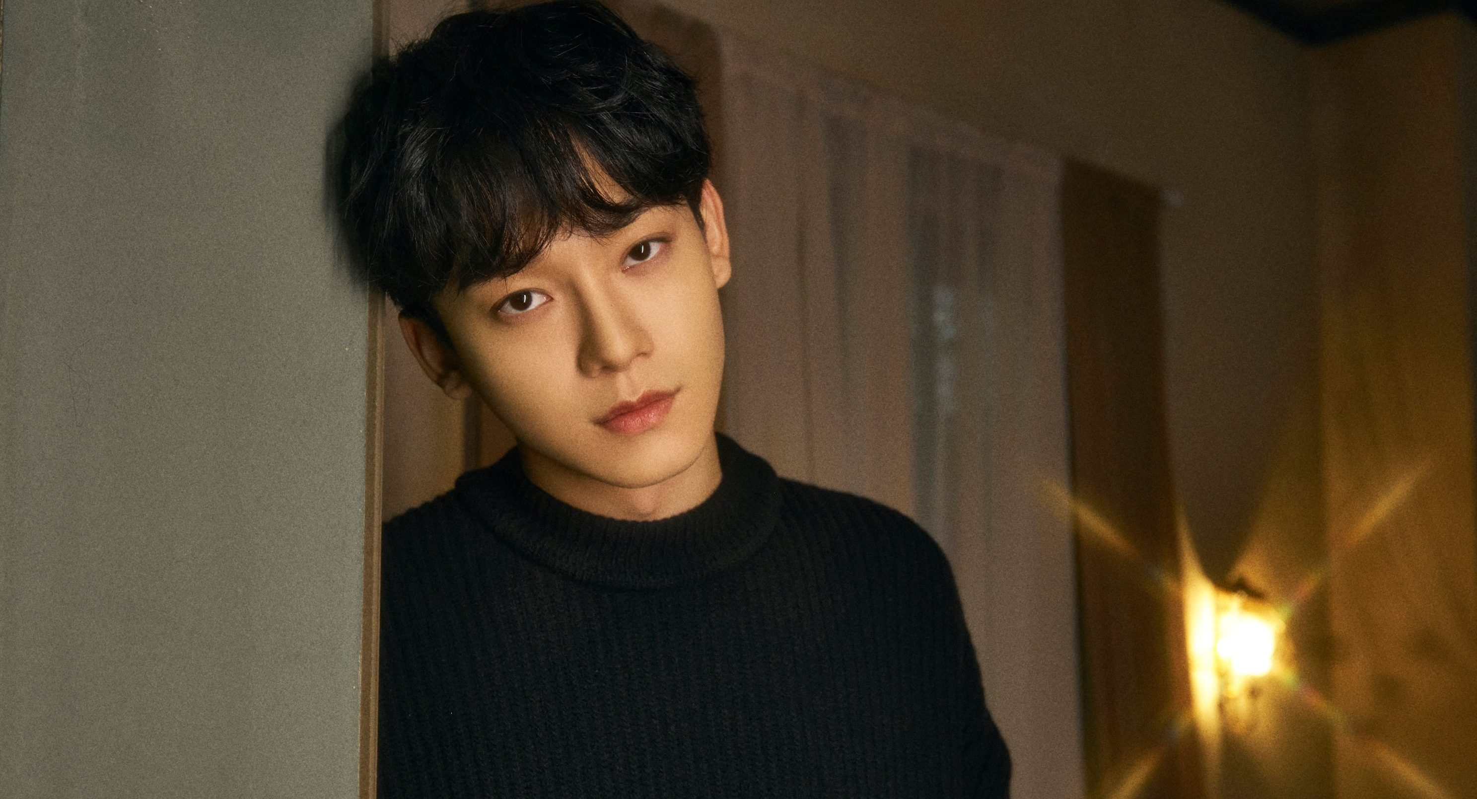 """EXO's Chen Stirs Hearts With His Sentimental Single """"Hello"""""""
