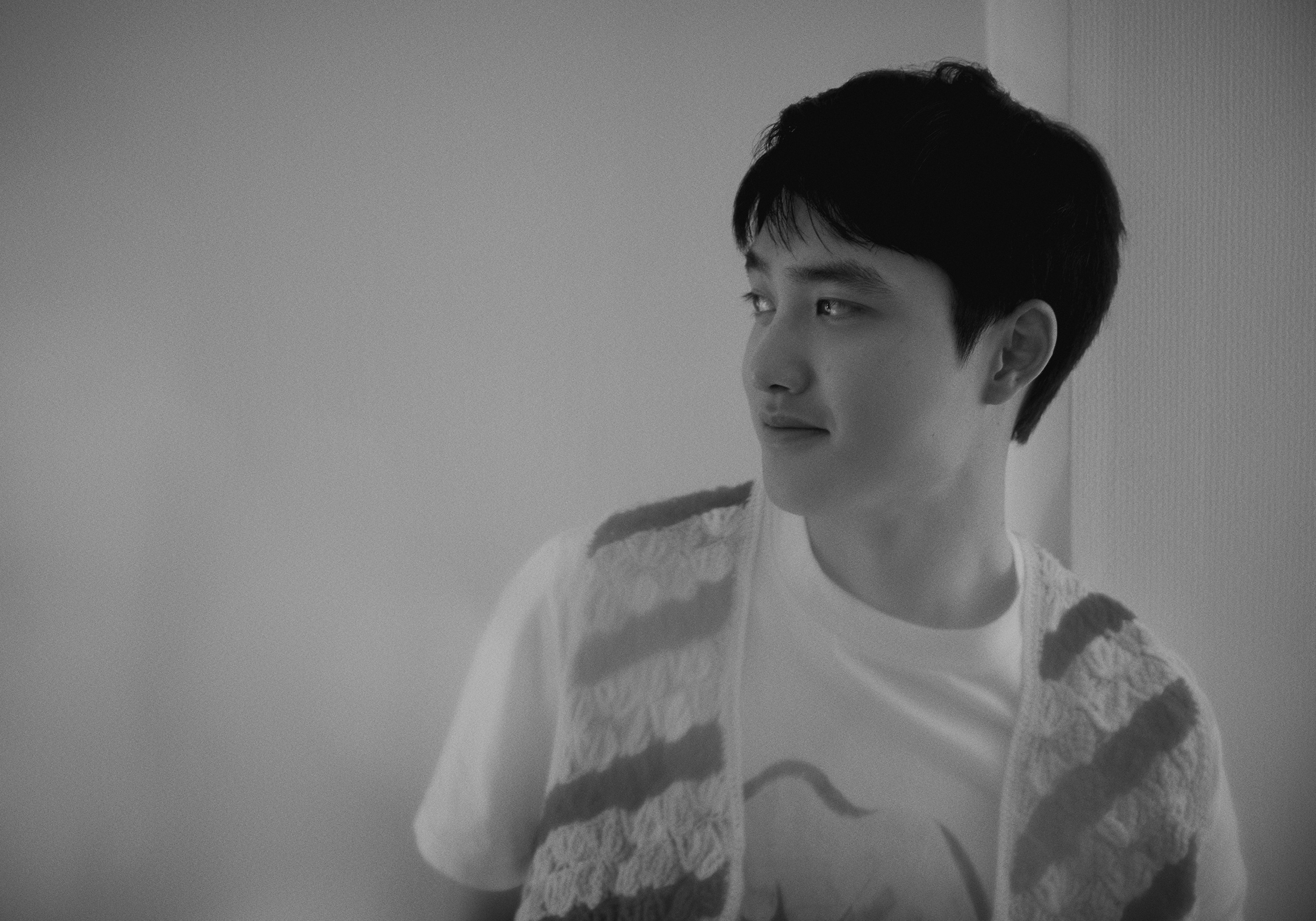 """EXO'S D.O. Dominates Global Charts With His Solo Album """"Empathy"""""""