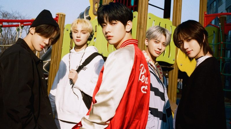 """TXT Gets Ready To Bring To Fans A """"Chaotic Wonderland"""""""