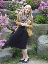 Me in front of the pretty Korean flowers!