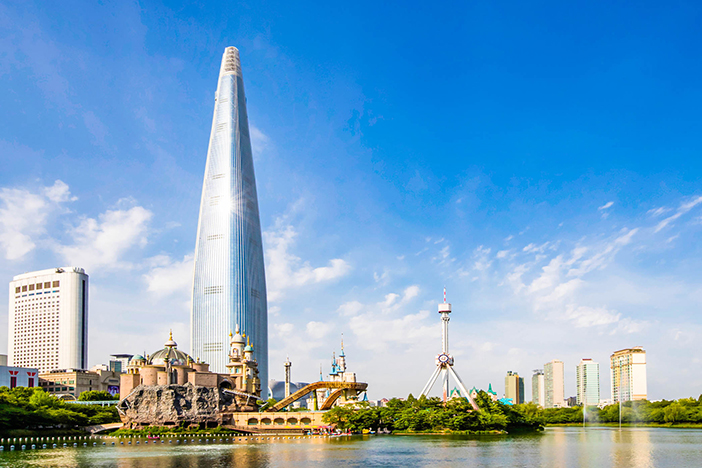 Places to Visit in Seoul Lotte World Tower