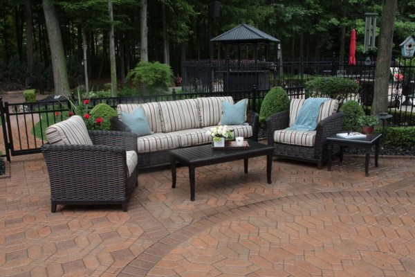 outdoor wicker furniture 5 piece patio set Cassini Collection All Weather Wicker Luxury Patio