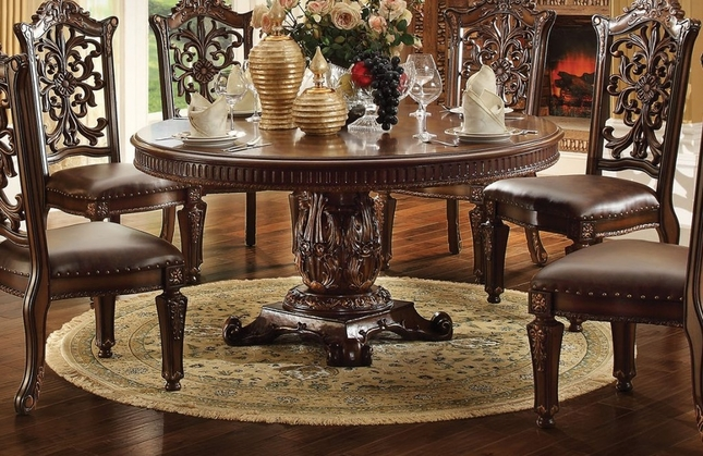 Vendome Formal Ornate 60 Wood Top Round Dining Table In