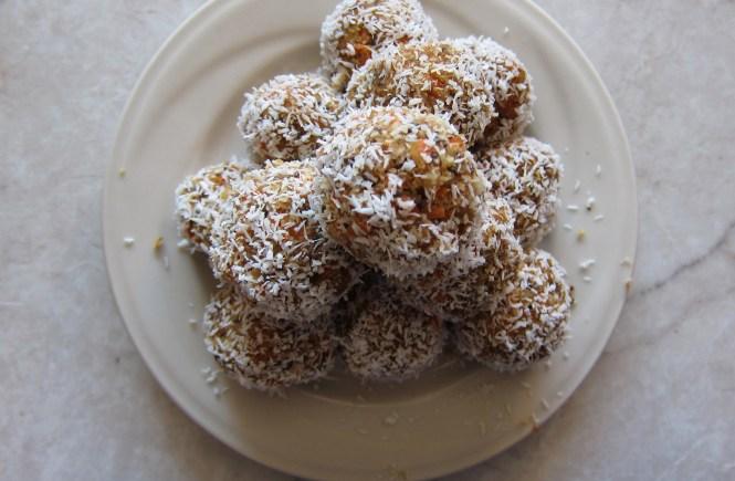 no-bake carrot cake truffles
