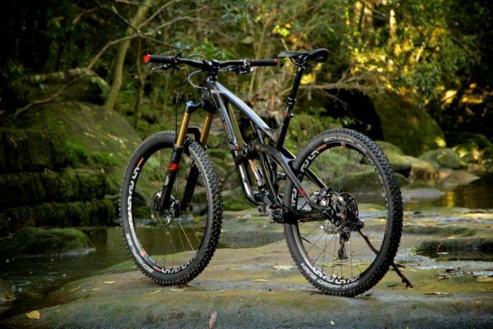 Merk Sepeda Polygon-Collosus-N9-5