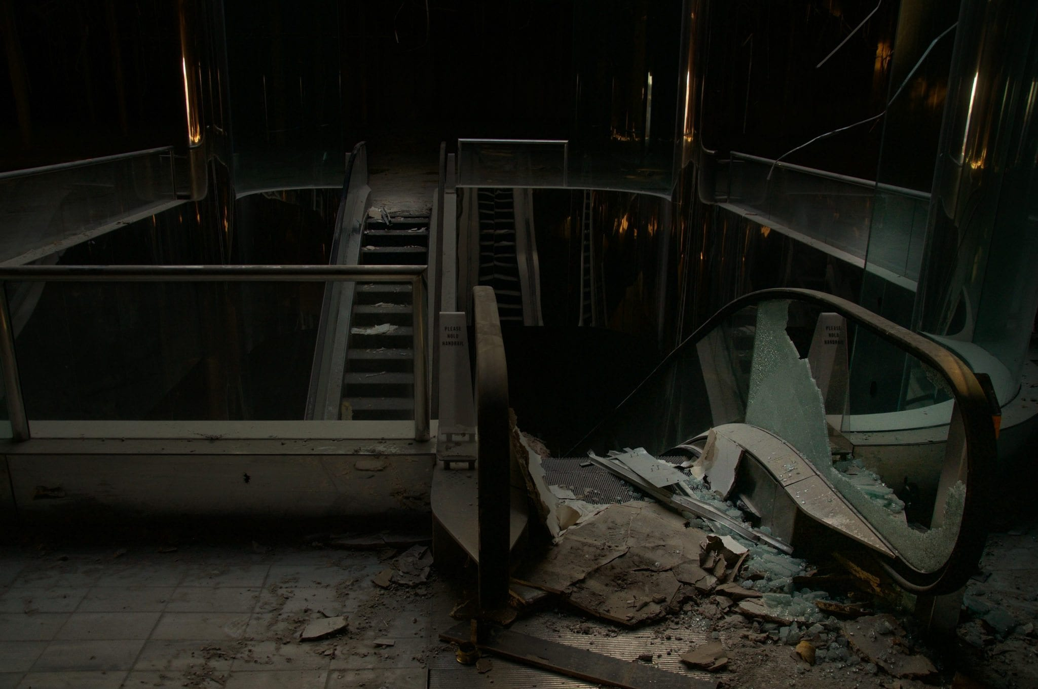 A Haunting Look Inside America's Creepiest Abandoned Malls