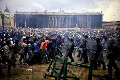 Nota de las centrales sindicales de Brasil en apoyo a los trabajadores y al pueblo colombiano