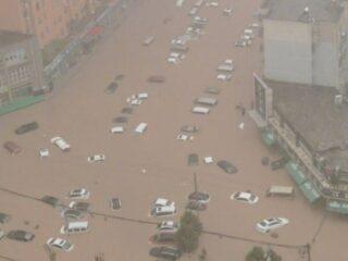 河南特大暴雨触目惊心 全球气候灾害警钟长鸣
