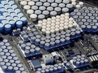 日本福岛核污水入海  他们想算计谁?