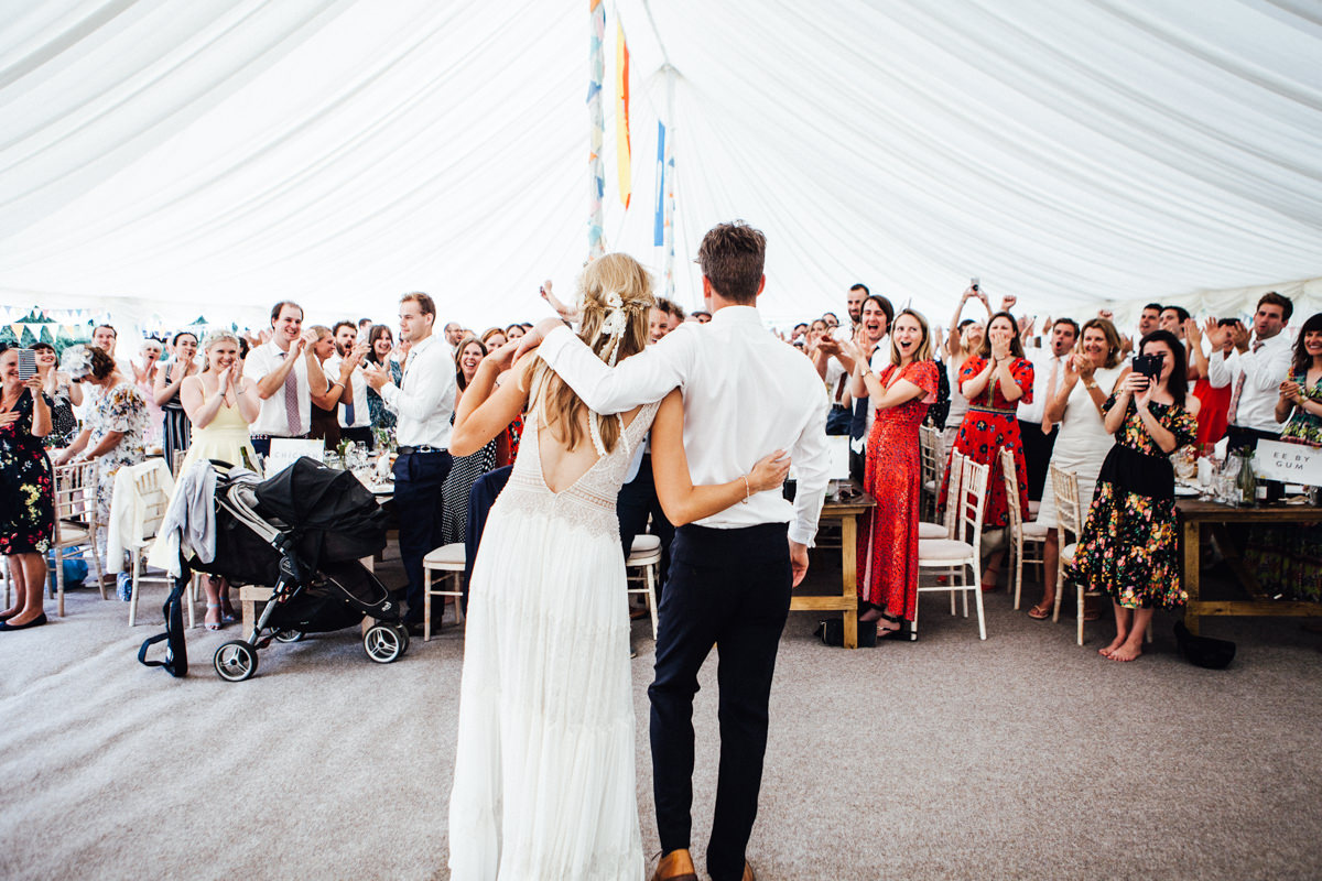 Festival wedding photographer September Pictures | Find a field, get wed
