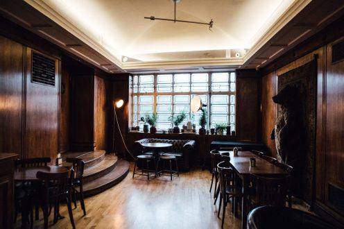 town-hall-hotel-wedding-london-0084