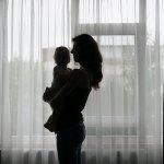9 luni cu Copila in brate