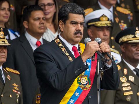 """Президентът на Венецуела обвини """"крайнодесните имперски сили"""" за опита за покушение срещу него"""