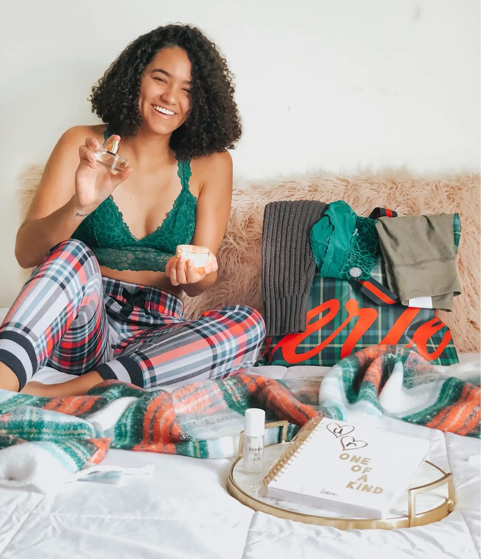 gifts-and-green-bralette-aerie-holiday-gift-guide
