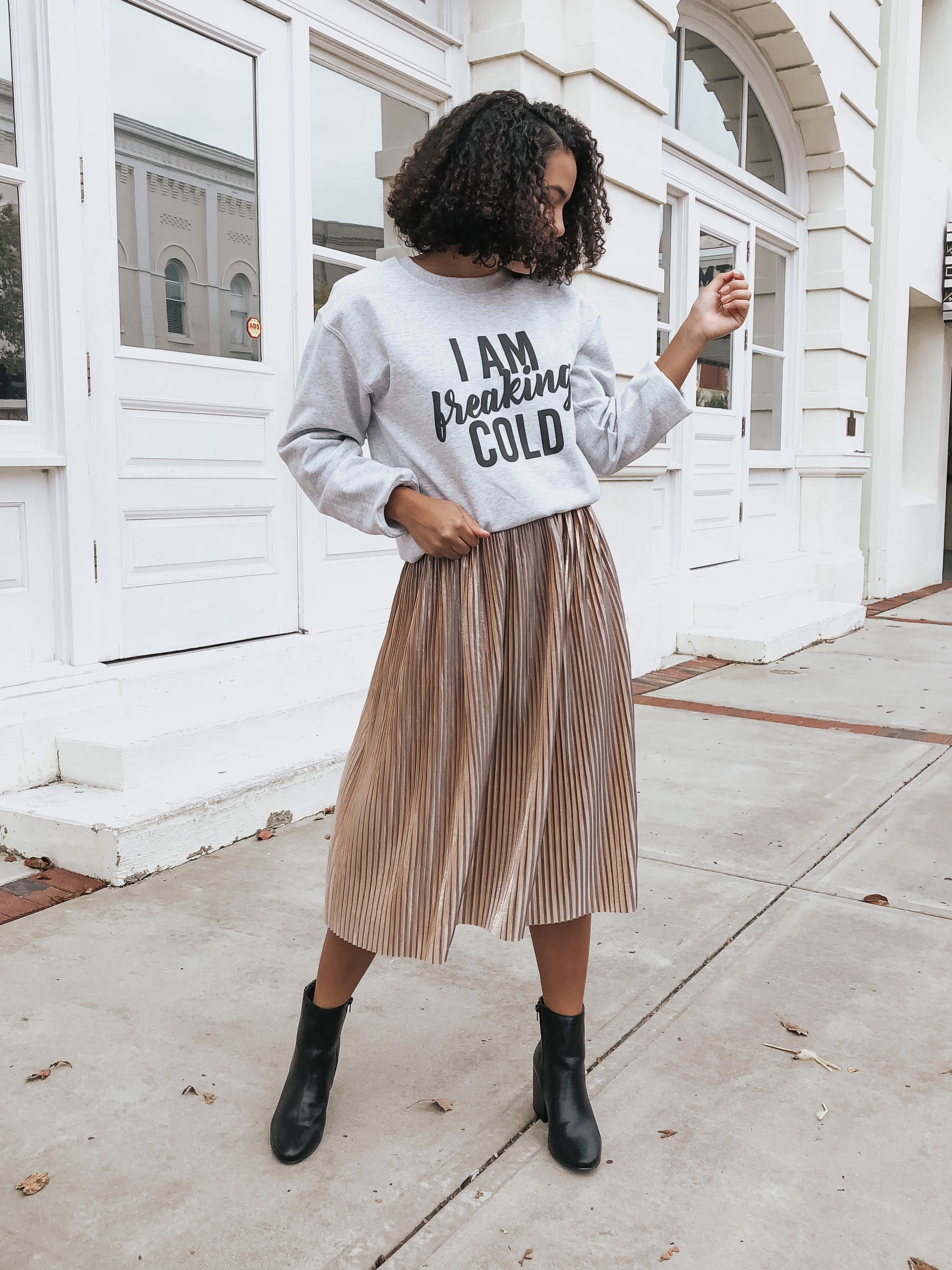 graphic-sweatshirt-the-perfect-boots-for-every-occasion.jpg