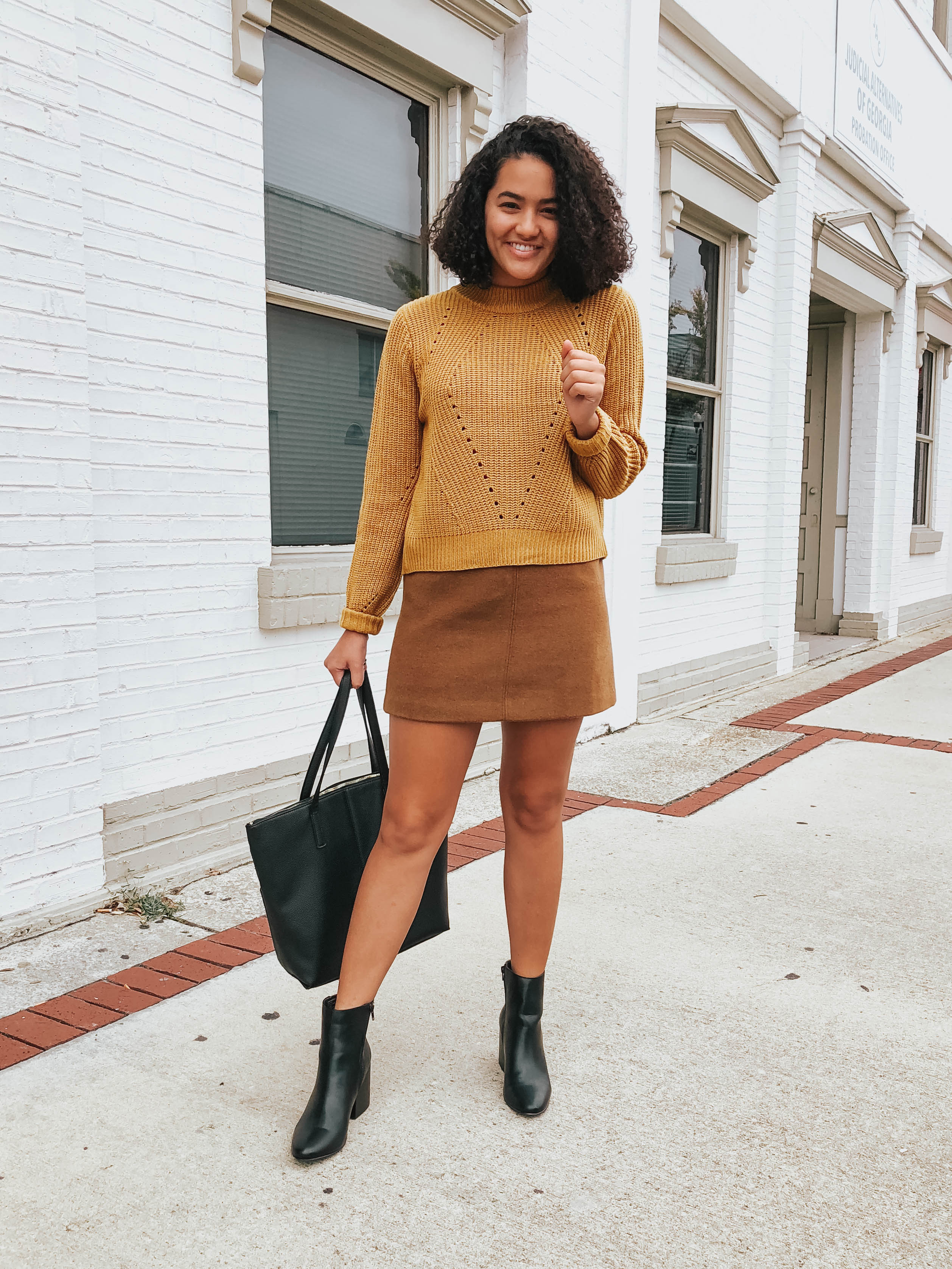 yellow-sweater-the-perfect-boots-for-every-occasion