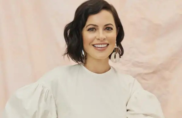 Sophia Amoruso Head Shot WWD