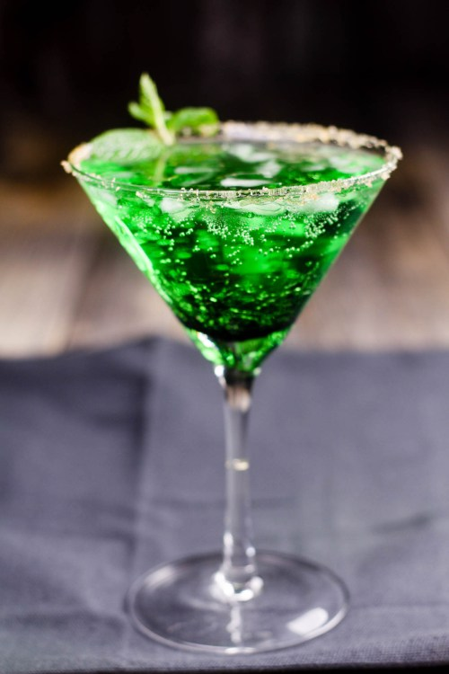 Frosted Mint Sour Apple Cocktail-104