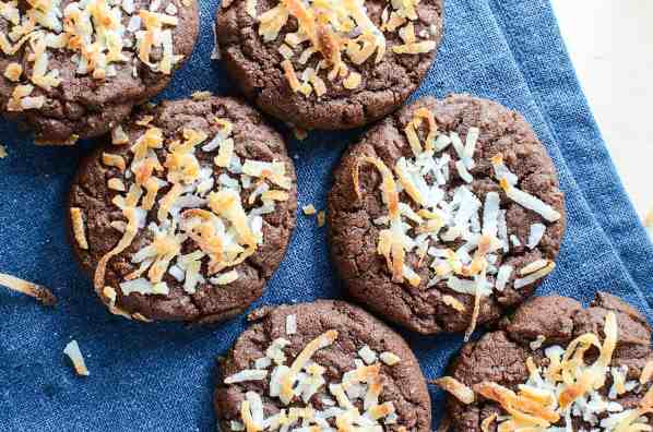 Chocolate coconut easy cookies 3