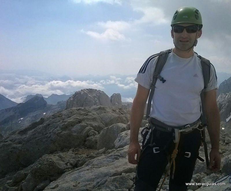 cumbre 2 Naranjo Picos de Europa SERAC COMPAÑÍA DE GUÍAS